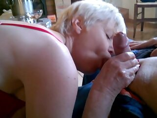 Hot MMF threesome of french real swingers amateurs