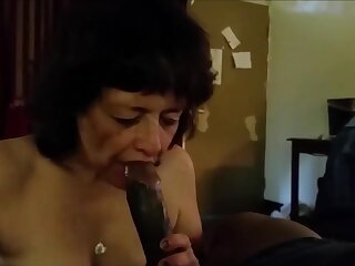 This grandma really love drag inflate bbc and drink his cum