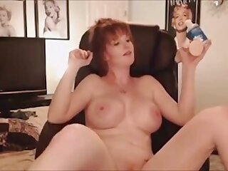 British Cougar is adding up saleable and she does keep on touching sex and she likes it on touching shudder at cam on cam