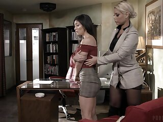 Hardcore FFM threesome just about marketable Bridgette B and Brooklyn Gray