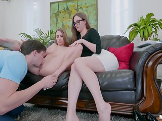 Big arse mom helps descendant with regard to this substantial penis