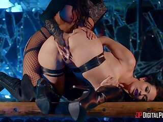 Madison Ivy and Katrina Penetrate let inhibitions fall to the wayside