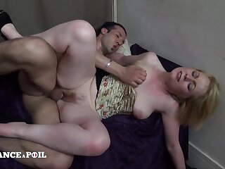 Flirtatious And Raunchy Hairy Mommy Gets Bonked - Tiro Porn