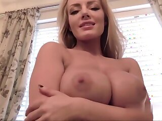 Hannah Claydon - Lounging About
