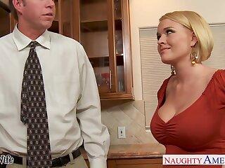 Hot nextdoor unshaded Krissy Lynn seduces fastened guy and they enjoy crazy sex on the floor
